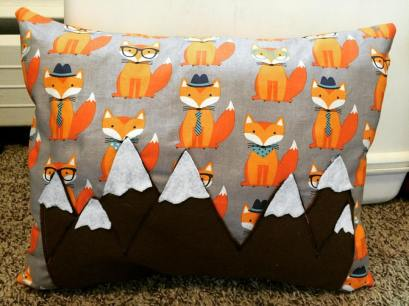 fox-pillow